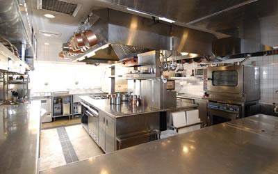レストランの厨房